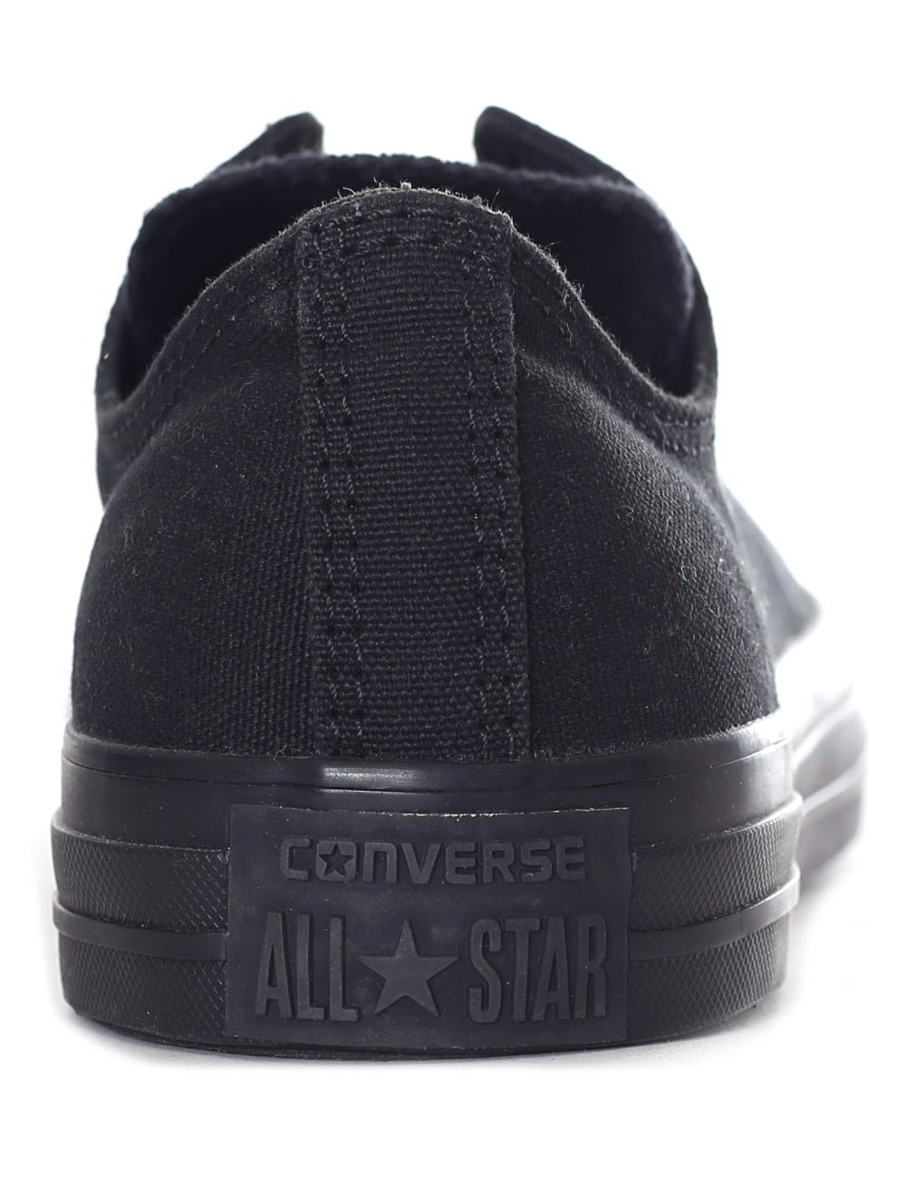 198ff35fd2a52f Converse Men s Chuck Taylor All Star Classic Sneaker