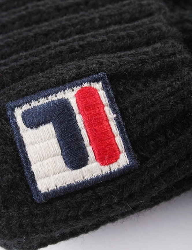 Fila Calapai Men s Knitted Ski Bobble Beanie 570bd2fb439