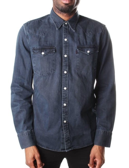 There are denim shirts, and then there are Rubinacci's denim shirts, which are treated with the same careful attention as if being made from the finest, most delicate silk. Crafted from dark grey washed cotton, this shirt features a front patch pock.