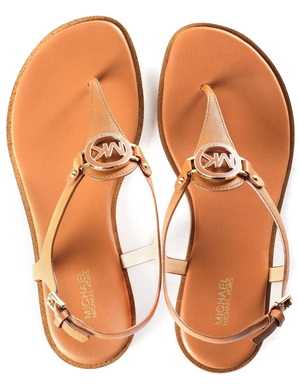 eedd9db663a0 Michael Kors Women s Lee Thong Sandals