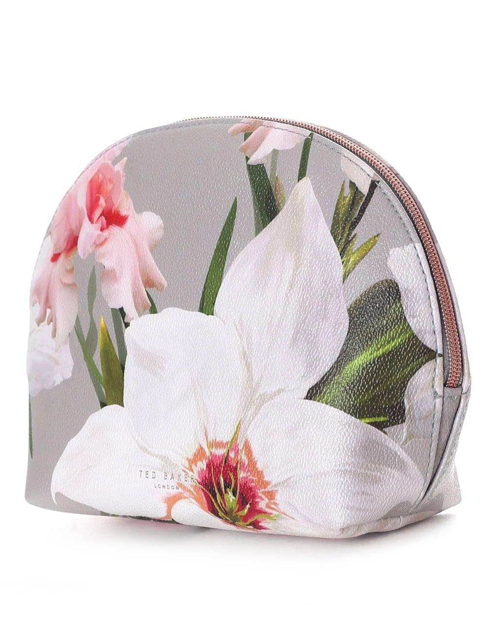 19b19a87a Ted Baker Marcene Women s Chatsworth Bloom Dome Wash Bag